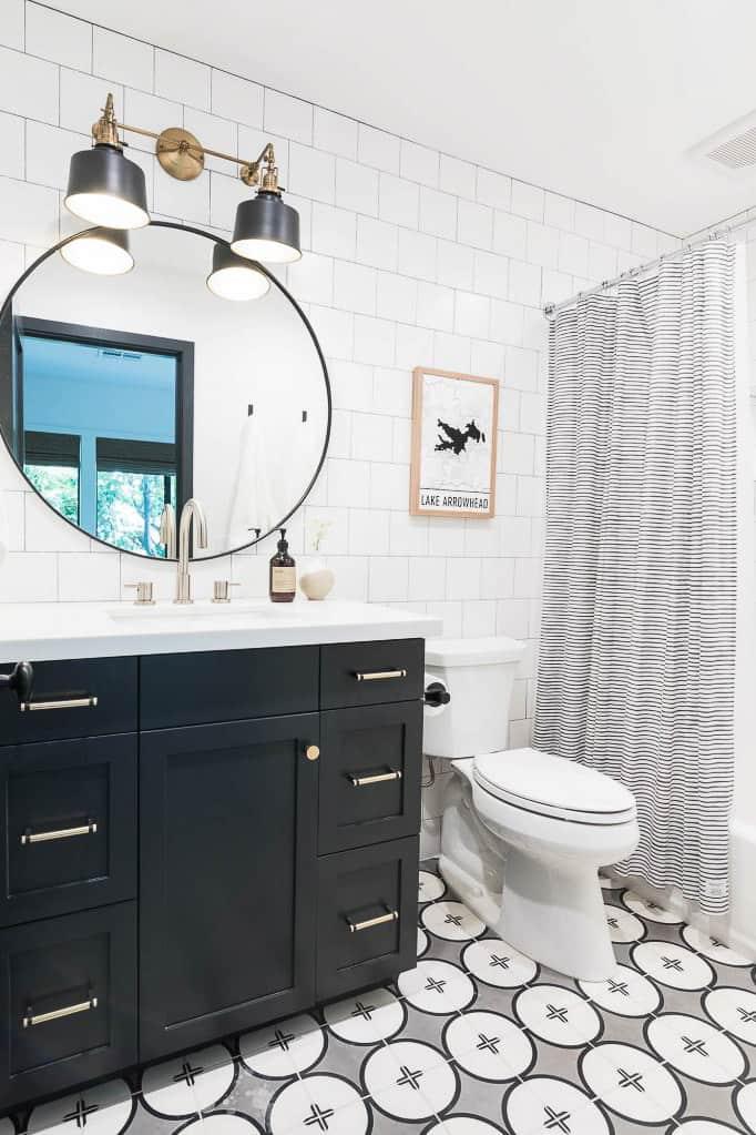 Lake Arrowhead Cabin Bathroom Remodel Image