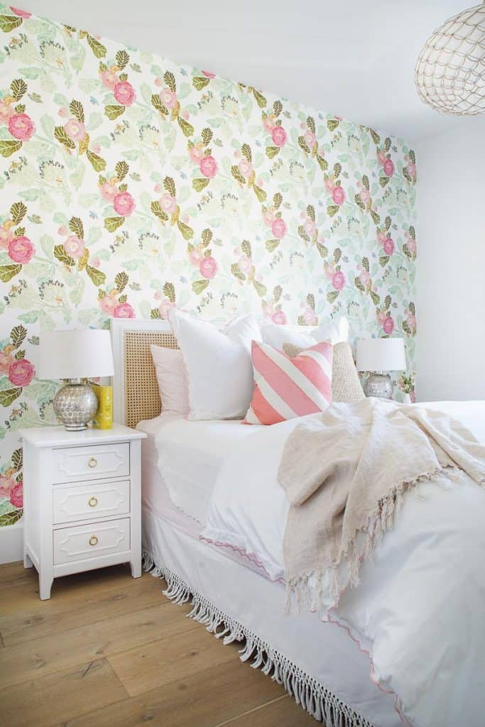 Newport Coast Girl's Bedroom Remodel Image
