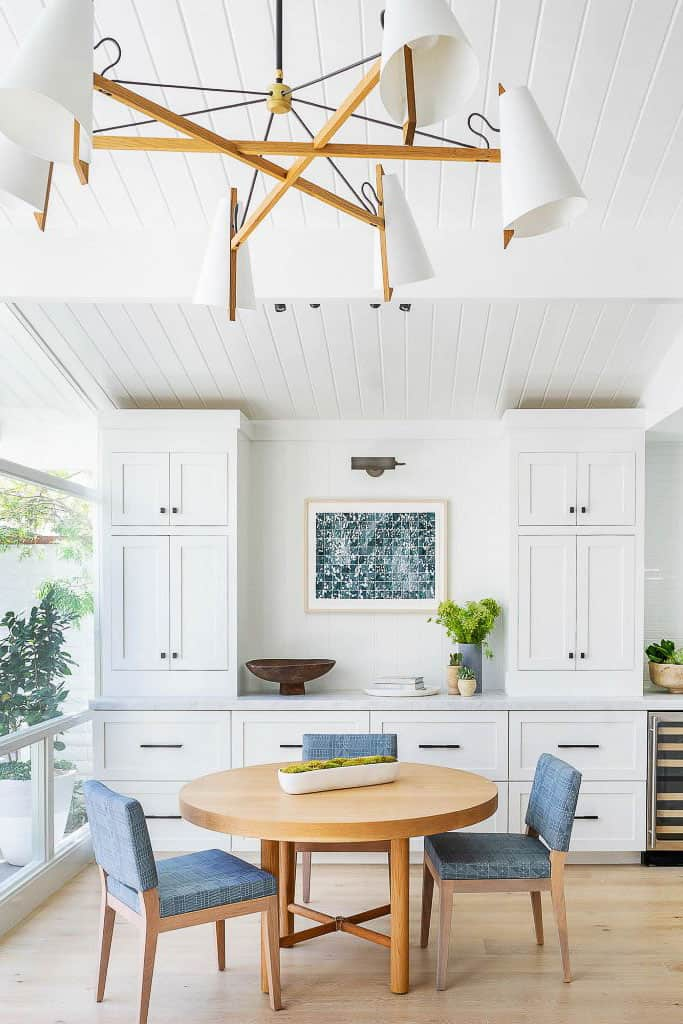 Peninsula Point Beach House Dining Room Remodel Image