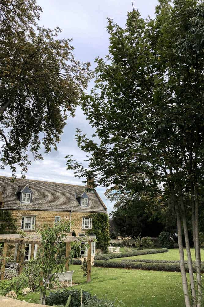 Where To Stay In The Cotswolds - Mindy Gayer Design Co.
