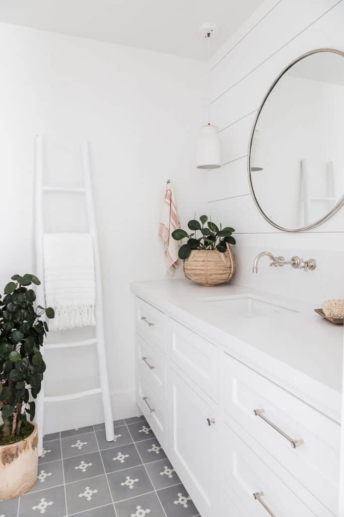 Marigold Guest Bath Image