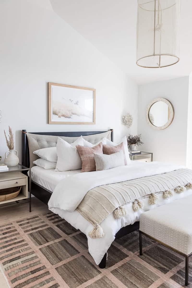Marigold Master Room Image