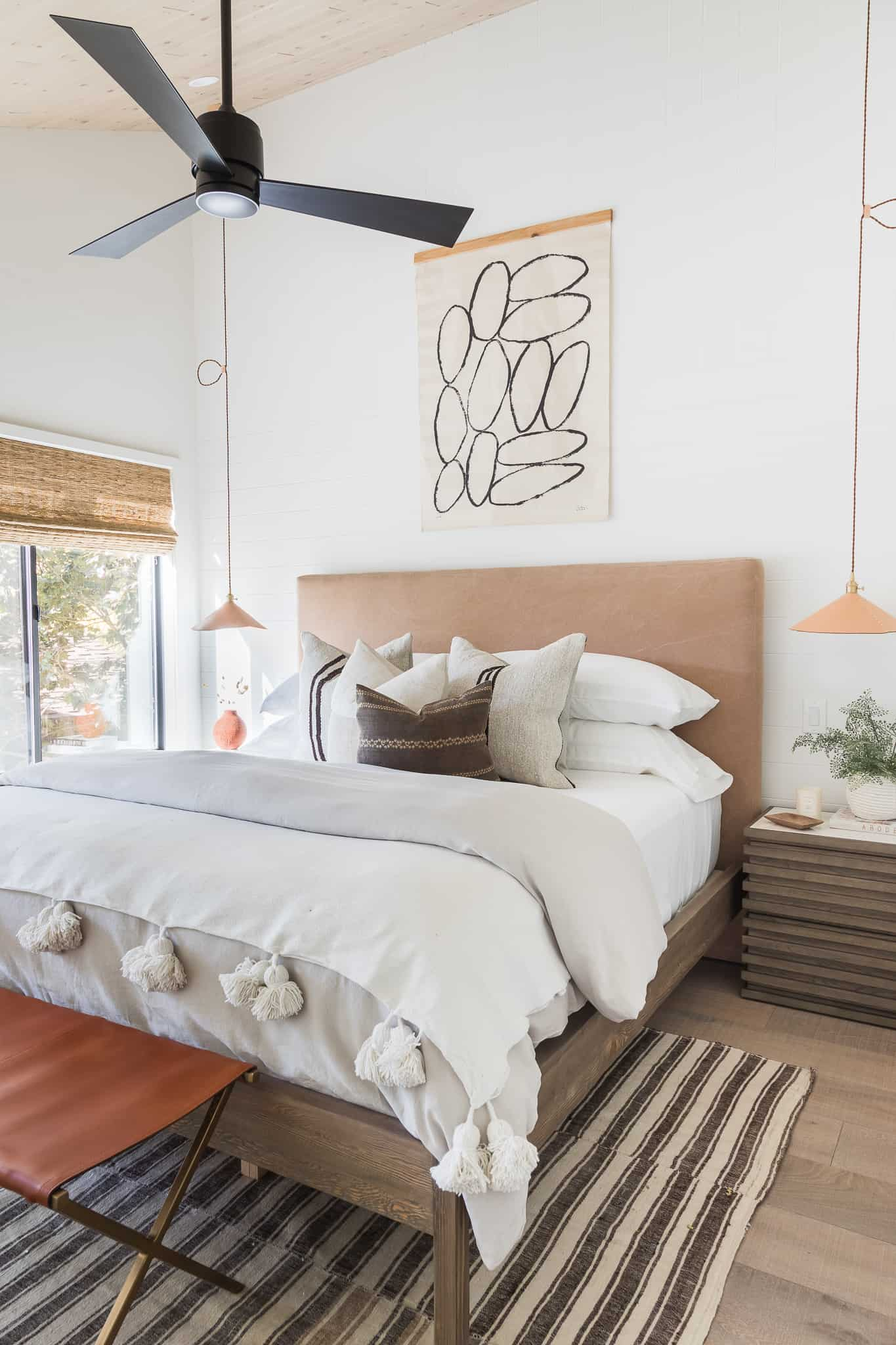 How To Properly Make A Bed - Lake Arrowhead Project Image - Mindy Gayer Design Co.