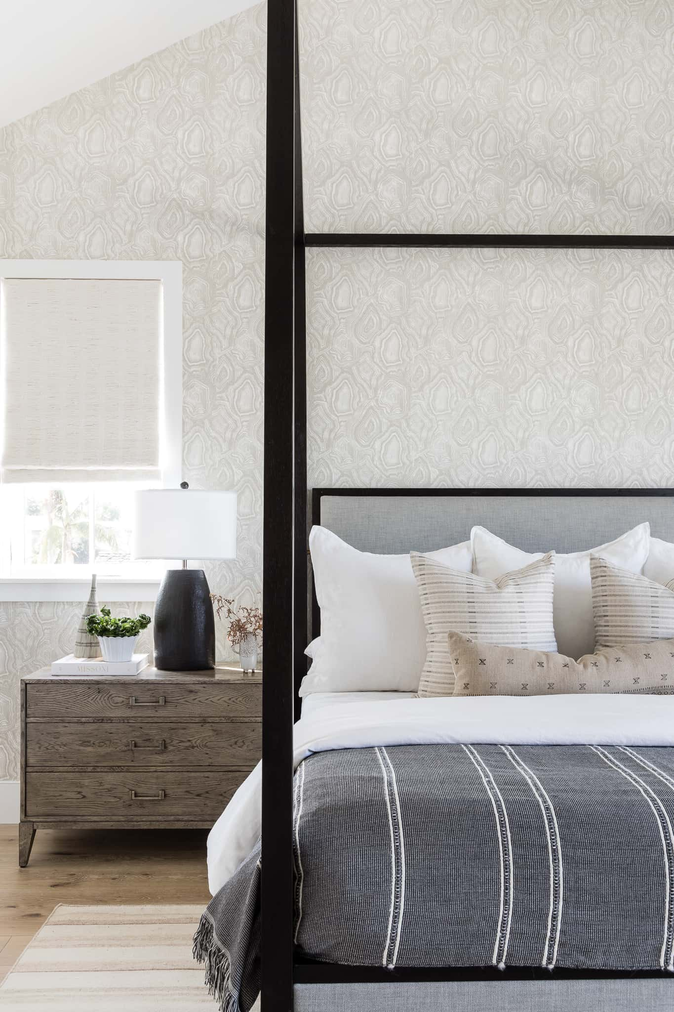 How To Properly Make A Bed - Windward Project Image - Mindy Gayer Design Co.