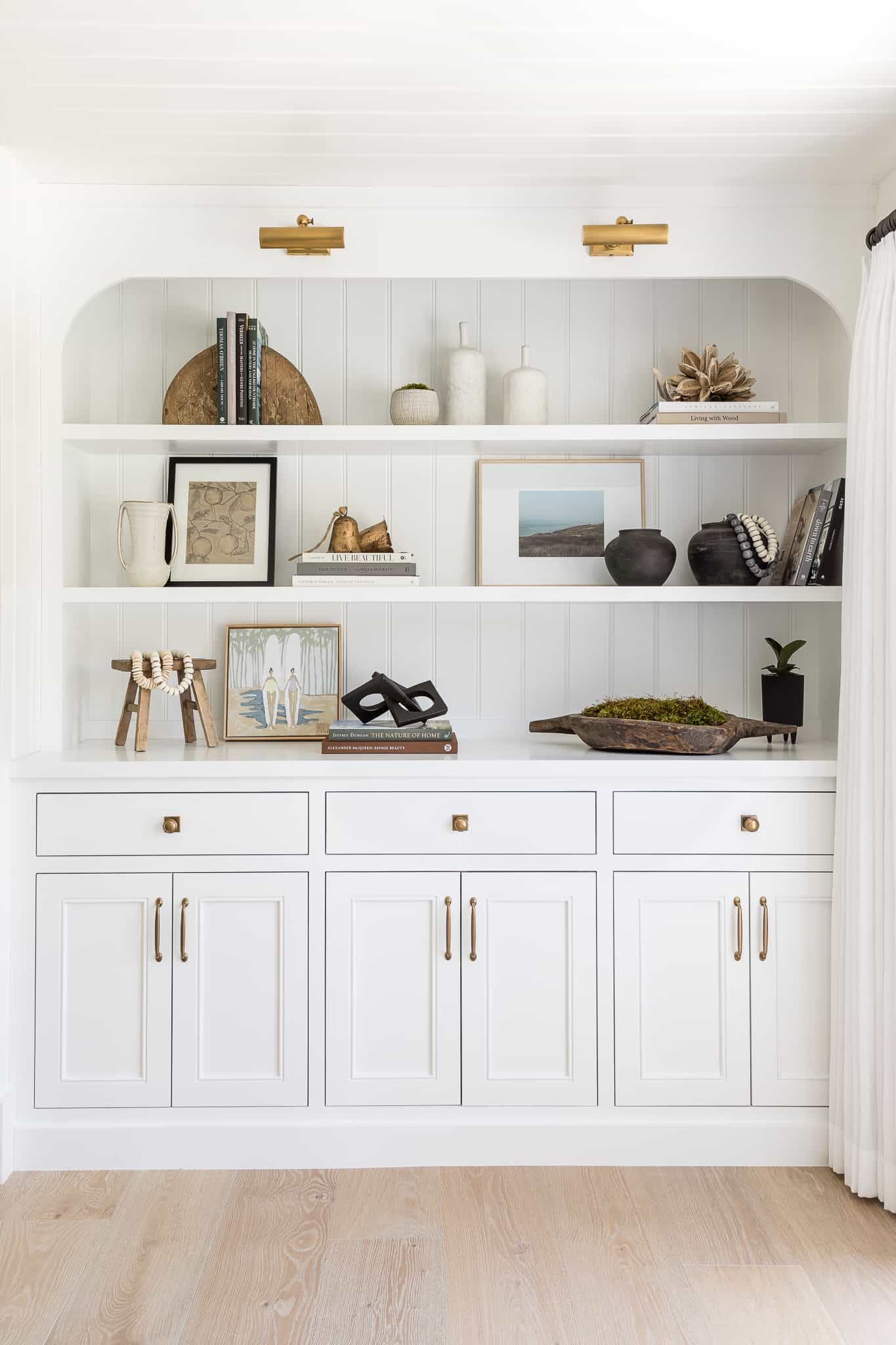 Port Newport Project - Mindy Gayer Design Co. - Built-In Shelving
