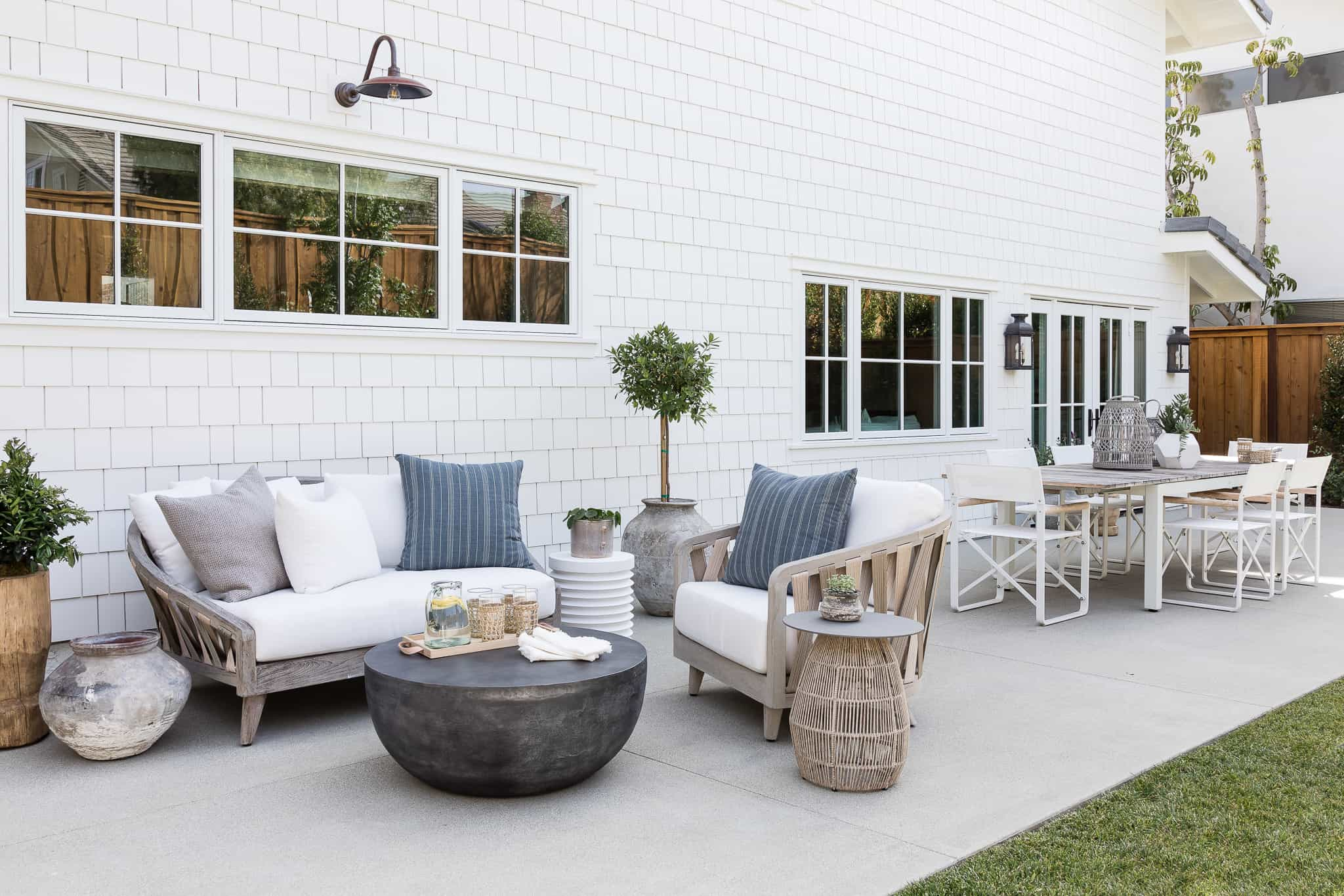 Outdoor Lounge and Dining Area - Port Newport Project - Mindy Gayer Design Co.