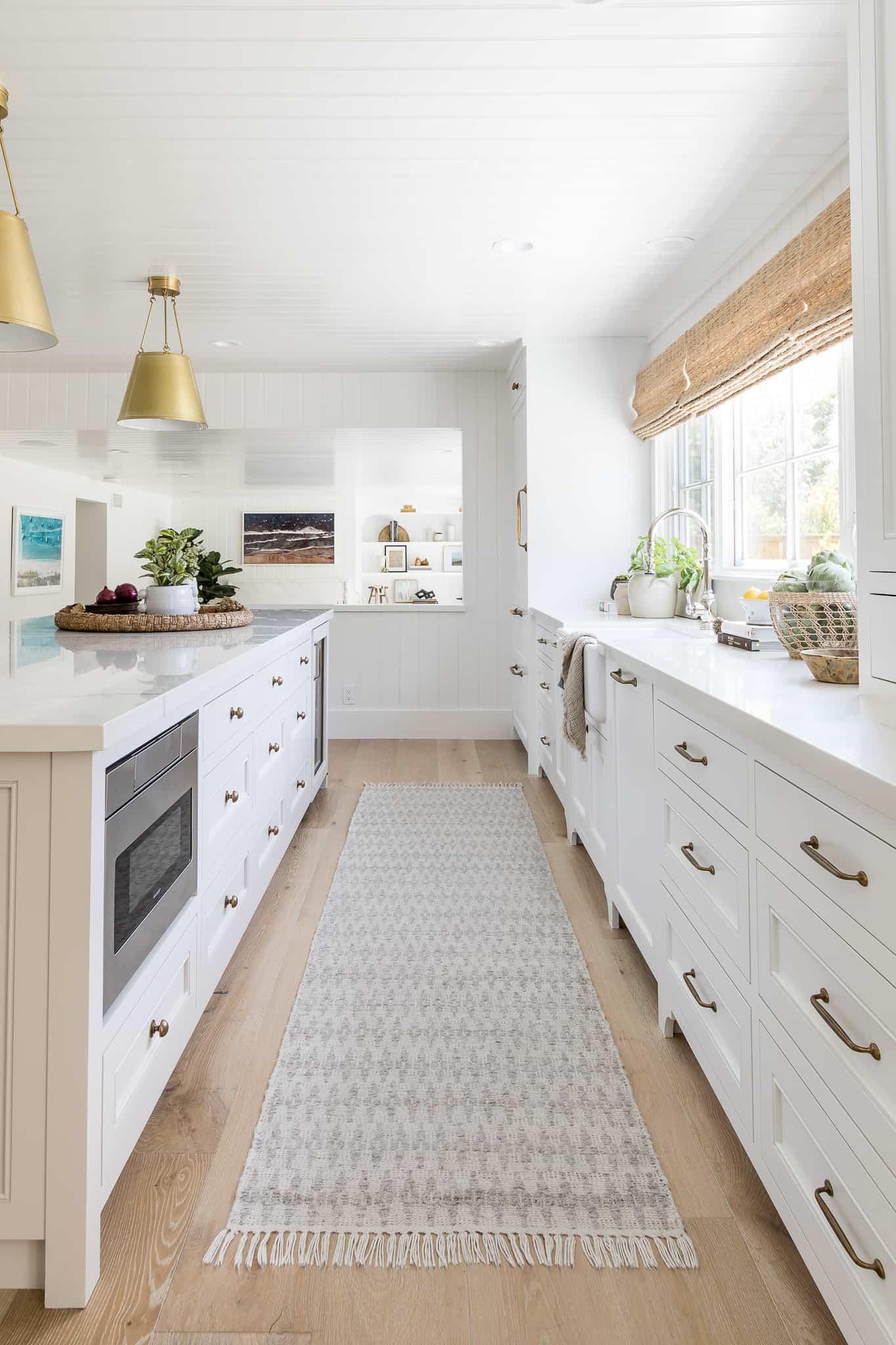 Port Newport Coastal Kitchen Design - Mindy Gayer Design Co.